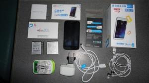 Полная комплектация поставки китайского смартфона THL W3+ и дополнительная универсальная зарядка