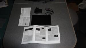 фотография комплектации китайского планшета ICOO iCou D70pro II