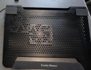 размещение кулеров под мой ноутбук для лучшего охлаждения