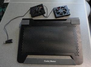 съемные кулеры охлаждающей подставки можно поставить в любое место