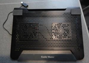 внешний вид охлаждающей подставки для ноутбука CoolerMaster  Notepal U2