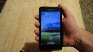 Собственно, так выглядит Lenovo G780 в средней мужской руке